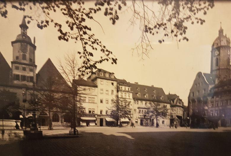Hofapotheke am Markt in Jena vor 1945